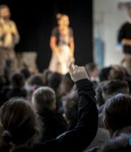 Elogio della differenza, AGE, MLT, teatro, scuola primaria, allebonicalzi
